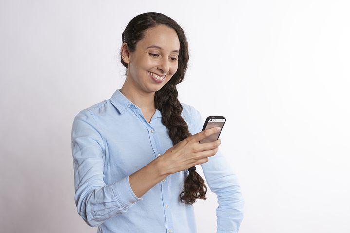 Aumentar confianza y autoestima chateando online